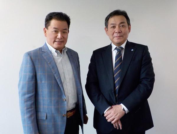 弊社代表と佐々木健郎 教授